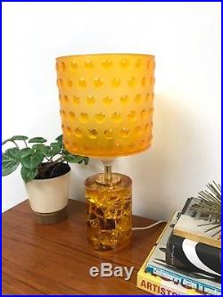 60s vintage retro Mid Century crushed ice Shattaline style resin table lamp