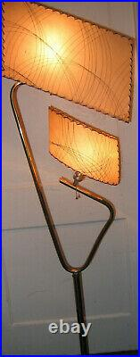 GREAT Mid Century MAJESTIC Atomic BOOMERANG Mcm Retro Floor LAMP Fiberglas 50's
