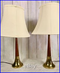 Great Pair Vintage Mid Century Modern Wood Brass Table Lamps Retro Atomic Age