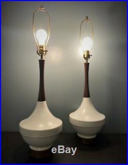 Pair Vintage Mid Century Modern Matching Ceramic Table Lamps Retro Pair Danish