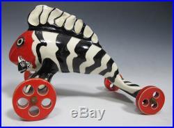 Rare Funk Ceramic Sculpture Striped Dr Seuss Inspired Rolling Fish Car Signd yqz