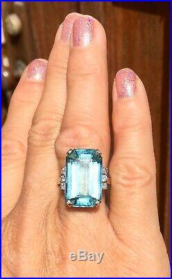 Retro Mid Century Vintage Estate 15 Carat Aquamarine VS Diamond Cocktail Ring