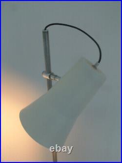 VERY STYLISH VINTAGE MID CENTURY MODERNIST 70s FLOOR STANDING SPOT LAMP RETRO