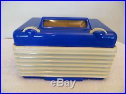 VINTAGE OLD 1940s RARE COLOR SETCHELL CARLSON MID CENTURY RETRO BAKELITE RADIO