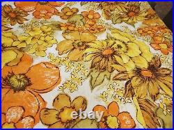VTG 1960's -70s Mid Century Bedspread Coverlet Retro Flower Power Vivid King