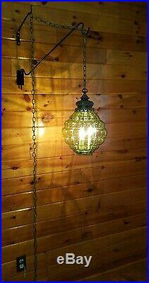 VTG Mid Century Retro Hanging Swag Light/Lamp Green Bubble Glass Design