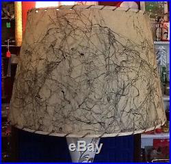 Vintage Atomic Age Mid-Century Lamp, Fiberglass Shade, COOL Retro! Deco