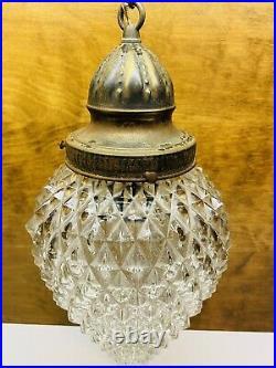 Vintage Hollywood Regency Clear Glass Teardrop Diamond Pattern Swag Lamp