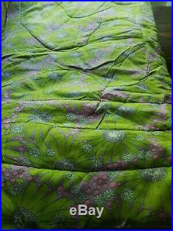 Vintage Mid Century Floral Bedspread Comforter MCM 60s 70s Retro Mod Flowers Wow