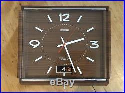 Vintage Mid Century SEIKO Wall Clock TRANSISTOR 5 JEWEL Day Date Function Retro