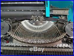 Vntg Retro Mid Century Smith Corona Super G Aqua Portable Typewriter Ghia Design
