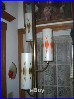 Vtg MID CENTURY RETRO ATOMIC TENSION POLE LAMP (3)LIGHT FIBERGLASS SHADES