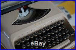 Working 1970s Remington Typewriter, Vintage, Retro, Mid Century, Made in Holland